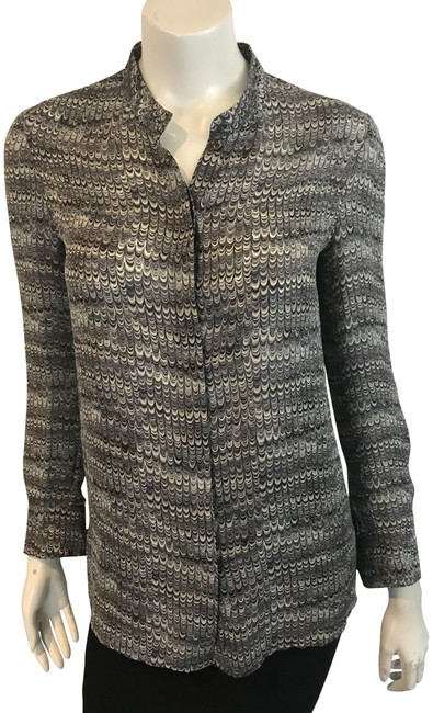Preload https://img-static.tradesy.com/item/24157435/tory-burch-gray-11918-printed-silk-button-front-blouse-size-4-s-0-1-650-650.jpg
