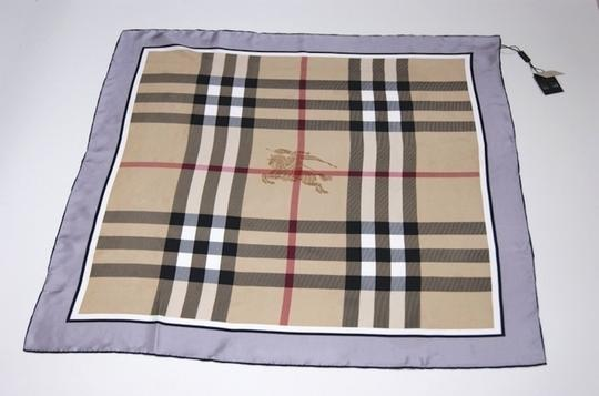 Burberry NWT Authentic Burberry Beige Black Check Silk Square Scarf