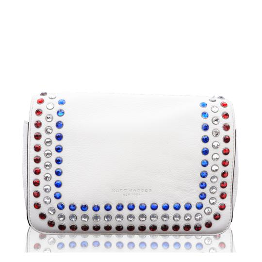 Preload https://img-static.tradesy.com/item/24157538/marc-jacobs-pyt-whiteivory-leather-shoulder-bag-0-1-540-540.jpg