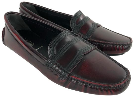 Preload https://img-static.tradesy.com/item/24157598/prada-burgundy-365-65-red-black-leather-loafer-flats-size-us-6-regular-m-b-0-1-540-540.jpg