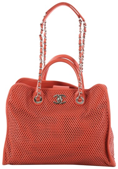 Preload https://img-static.tradesy.com/item/24157617/chanel-up-in-the-air-convertible-tote-perforated-dark-coral-leather-shoulder-bag-0-1-540-540.jpg