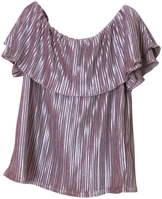 Preload https://img-static.tradesy.com/item/24157665/sanctuary-off-the-shoulder-peach-top-0-1-650-650.jpg