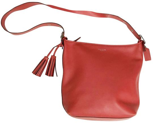 Preload https://img-static.tradesy.com/item/24157669/coach-classic-redcoral-leather-cross-body-bag-0-1-540-540.jpg