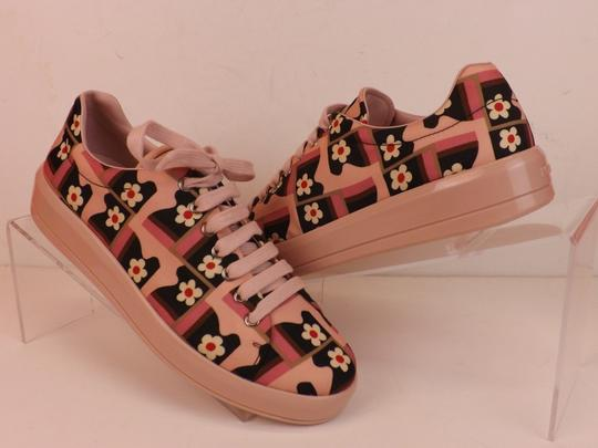 Preload https://img-static.tradesy.com/item/24157679/prada-multicolor-coated-canvas-flower-print-lace-up-sneakers-italy-sneakers-size-eu-37-approx-us-7-r-0-6-540-540.jpg