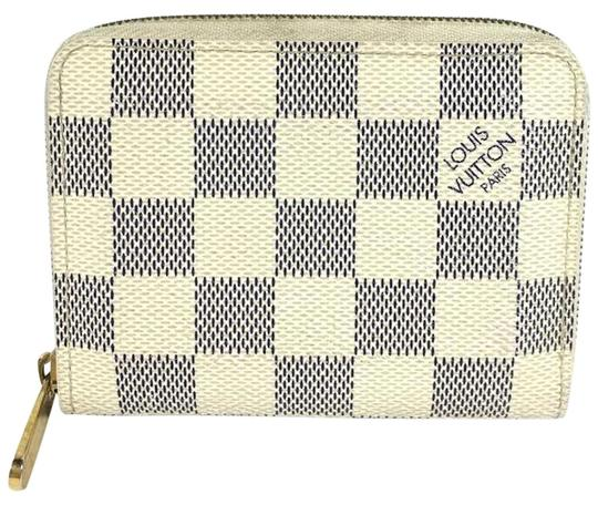 Preload https://img-static.tradesy.com/item/24157706/louis-vuitton-damier-zippy-coin-purse-wallet-0-2-540-540.jpg