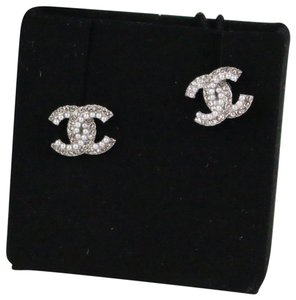 Chanel Chanel 18P Pearl/Crystal Small CC Stud Earrings