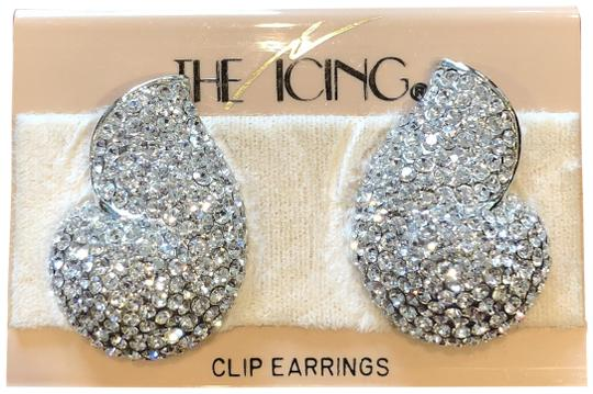 Preload https://img-static.tradesy.com/item/24157814/icing-silver-ns-clip-earrings-0-1-540-540.jpg