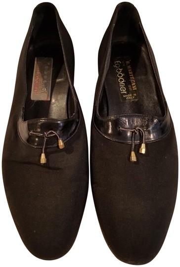 Preload https://img-static.tradesy.com/item/24157931/black-vintage-loafers-flats-size-us-7-wide-c-d-0-1-540-540.jpg