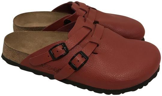 Preload https://img-static.tradesy.com/item/24157945/birkenstock-red-camden-leather-mulesslides-size-eu-38-approx-us-8-regular-m-b-0-1-540-540.jpg