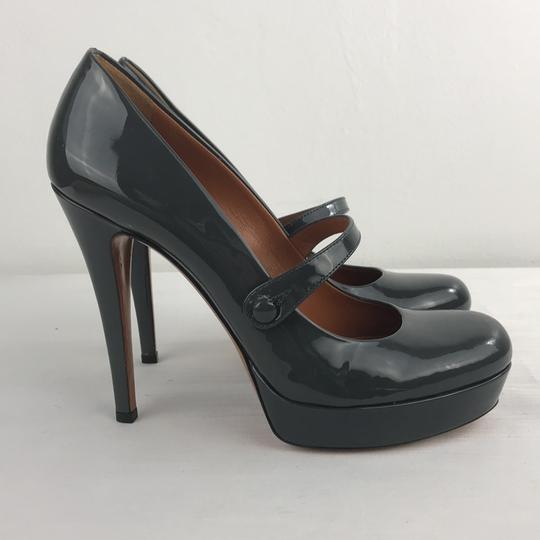Gucci Gray Pumps