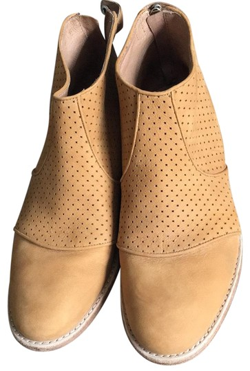 Preload https://img-static.tradesy.com/item/24158043/kenneth-cole-cognac-all-leather-ankle-bootsbooties-size-us-85-regular-m-b-0-1-540-540.jpg