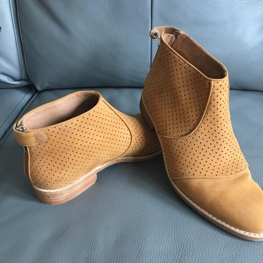 Kenneth Cole cognac Boots