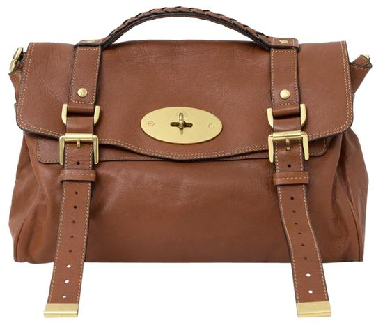 Preload https://img-static.tradesy.com/item/24158108/mulberry-alexa-cognac-oak-medium-shoulder-handbag-brown-leather-cross-body-bag-0-1-540-540.jpg