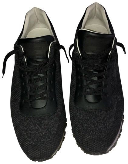 Preload https://img-static.tradesy.com/item/24158133/louis-vuitton-black-men-s-sneakers-size-us-12-regular-m-b-0-1-540-540.jpg