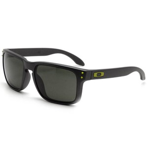 Oakley Square Style Unisex OO9102-38 Grey Lens