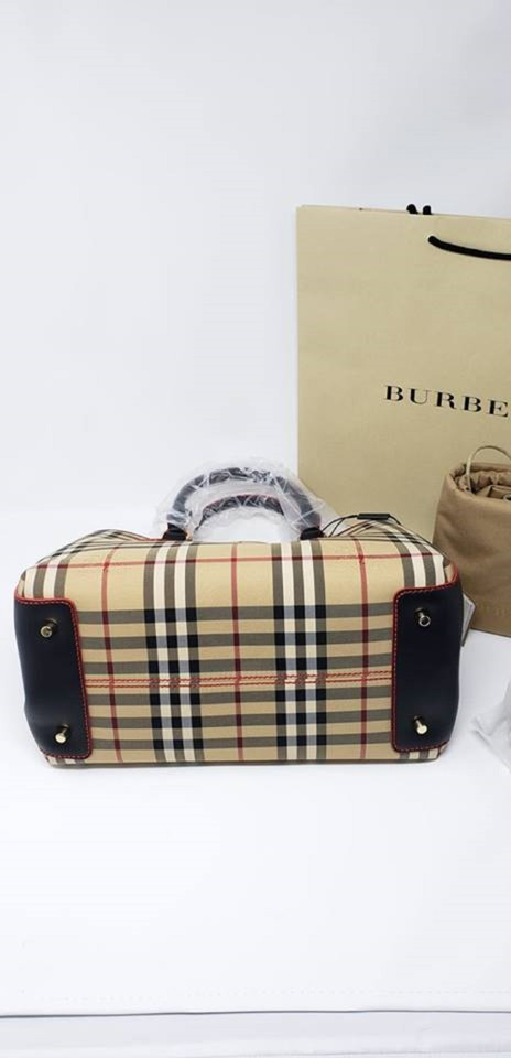 c7b0b3a34d Burberry With Tag Gladstone 2way Handle Satchel Cream Shoulder Bag - Tradesy
