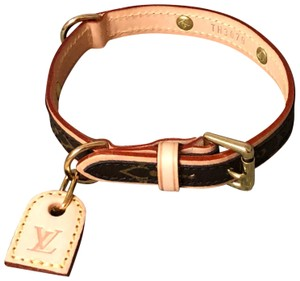 7f57be22feba Louis Vuitton Authentic LOUIS VUITTON Monogram Canvas Baxter Dog Collar PM