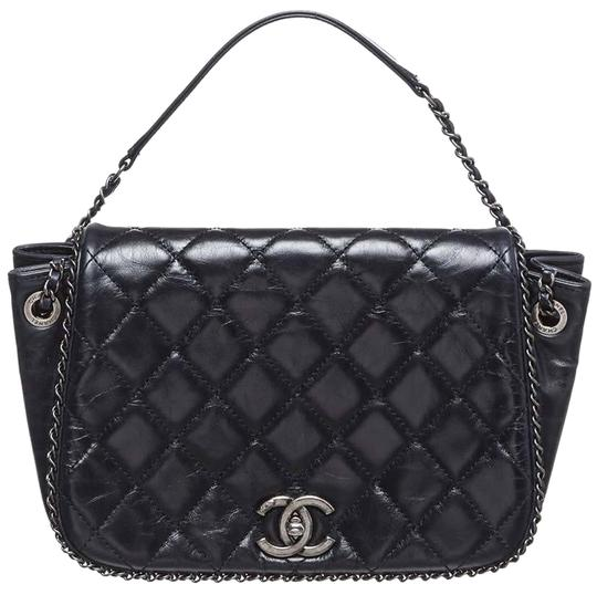 Preload https://img-static.tradesy.com/item/24161274/chanel-classic-flap-enchained-accordion-expandable-quilted-cc-logo-crossbody-black-calfskin-leather-0-9-540-540.jpg