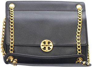 76319eb54f7c Added to Shopping Bag. Tory Burch Leather Chelsea Shoulder Bag