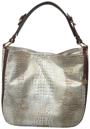 Preload https://img-static.tradesy.com/item/24162779/brahmin-caracara-sold-out-embossed-leather-shoulder-bag-0-1-540-540.jpg