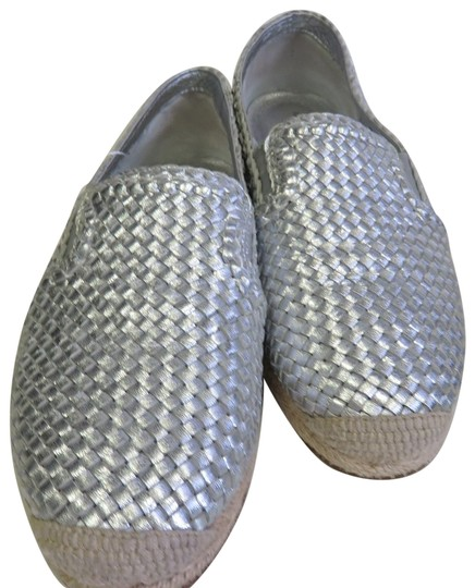 Preload https://img-static.tradesy.com/item/24165508/michael-kors-silver-grey-basket-weave-and-juke-flats-size-eu-365-approx-us-65-regular-m-b-0-2-540-540.jpg