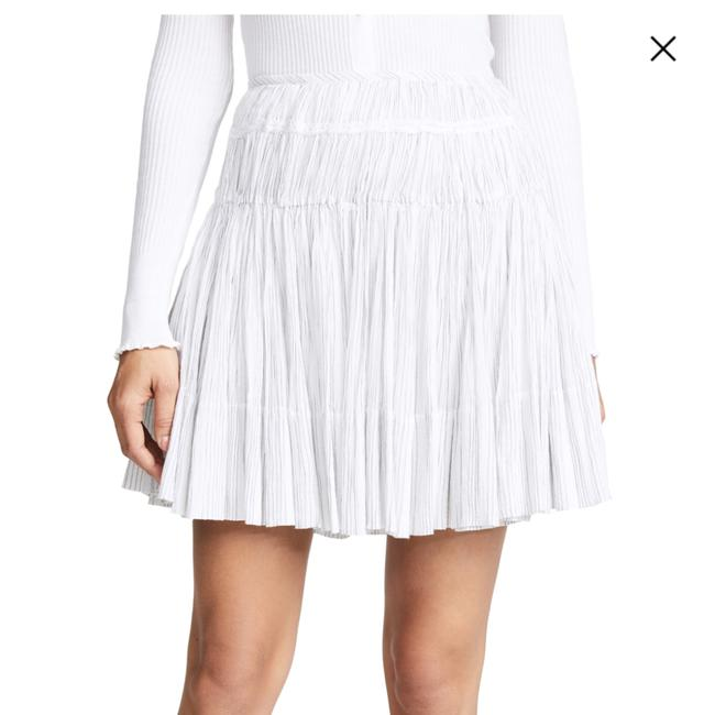 Preload https://img-static.tradesy.com/item/24165528/vince-white-striped-pleated-skirt-size-4-s-27-0-0-650-650.jpg