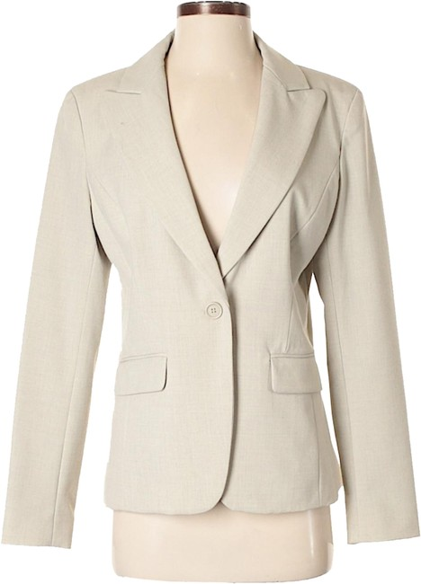 Preload https://img-static.tradesy.com/item/24165587/new-york-and-company-tan-none-blazer-size-8-m-0-1-650-650.jpg