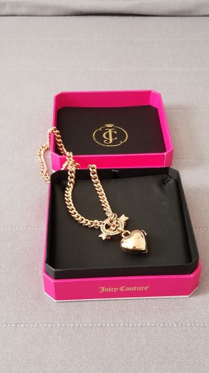 Juicy Couture Juicy Couture Necklace Gold chain logo crown open heart pendant w box