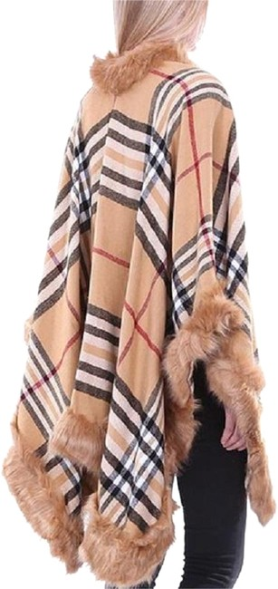Preload https://img-static.tradesy.com/item/24165769/beige-check-plaid-fur-trimmed-wrap-ponchocape-size-os-one-size-0-2-650-650.jpg