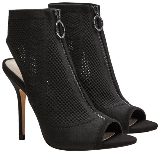 Preload https://img-static.tradesy.com/item/24165782/zara-black-high-heel-zip-elastic-sandals-size-us-6-regular-m-b-0-1-540-540.jpg