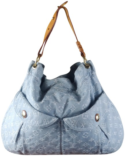Preload https://img-static.tradesy.com/item/24165897/louis-vuitton-daily-gm-jean-gris-bleu-denim-hobo-bag-0-1-540-540.jpg