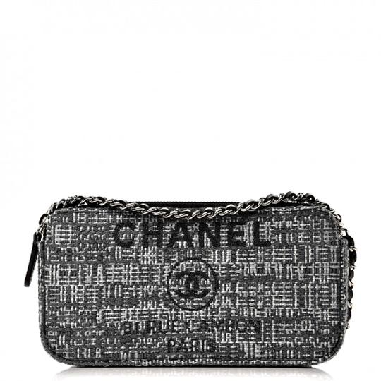 Preload https://img-static.tradesy.com/item/24165902/chanel-clutch-deauville-small-with-chain-grey-charcoal-canvas-and-leather-cross-body-bag-0-1-540-540.jpg