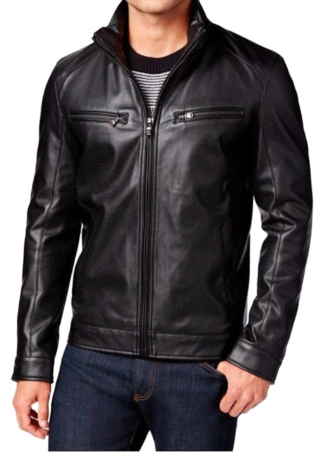 Preload https://img-static.tradesy.com/item/24165927/michael-kors-black-leather-jacket-size-12-l-0-1-650-650.jpg
