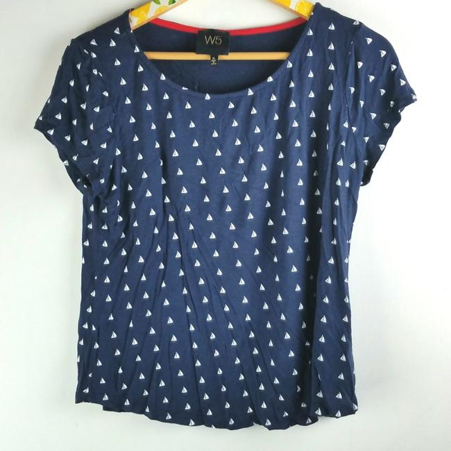 Preload https://img-static.tradesy.com/item/24166063/anthropologie-navy-white-nautical-sailboats-tee-shirt-size-8-m-0-1-650-650.jpg