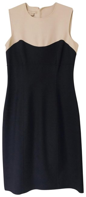 Preload https://img-static.tradesy.com/item/24166070/michael-kors-black-classic-contrast-mid-length-workoffice-dress-size-4-s-0-2-650-650.jpg