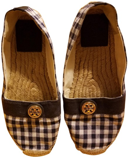 Preload https://img-static.tradesy.com/item/24166115/tory-burch-whitenavy-espadrilles-flats-size-us-65-regular-m-b-0-2-540-540.jpg