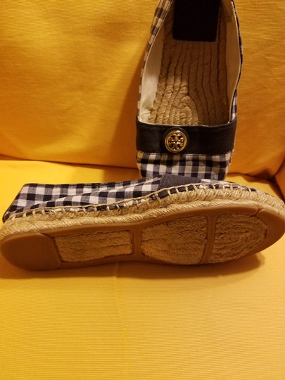 Tory Burch White/Navy Flats