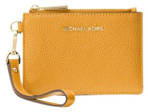 Michael Kors Coin Purse Leather 32t7gm9p0l Wristlet in Marigold