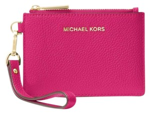 Michael Kors Coin Purse Leather 32t7gm9p0l Wristlet in Ultra Pink
