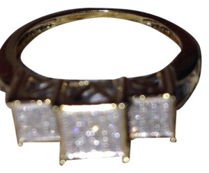 Kay Jewelers Kays 10k gold diamond ring