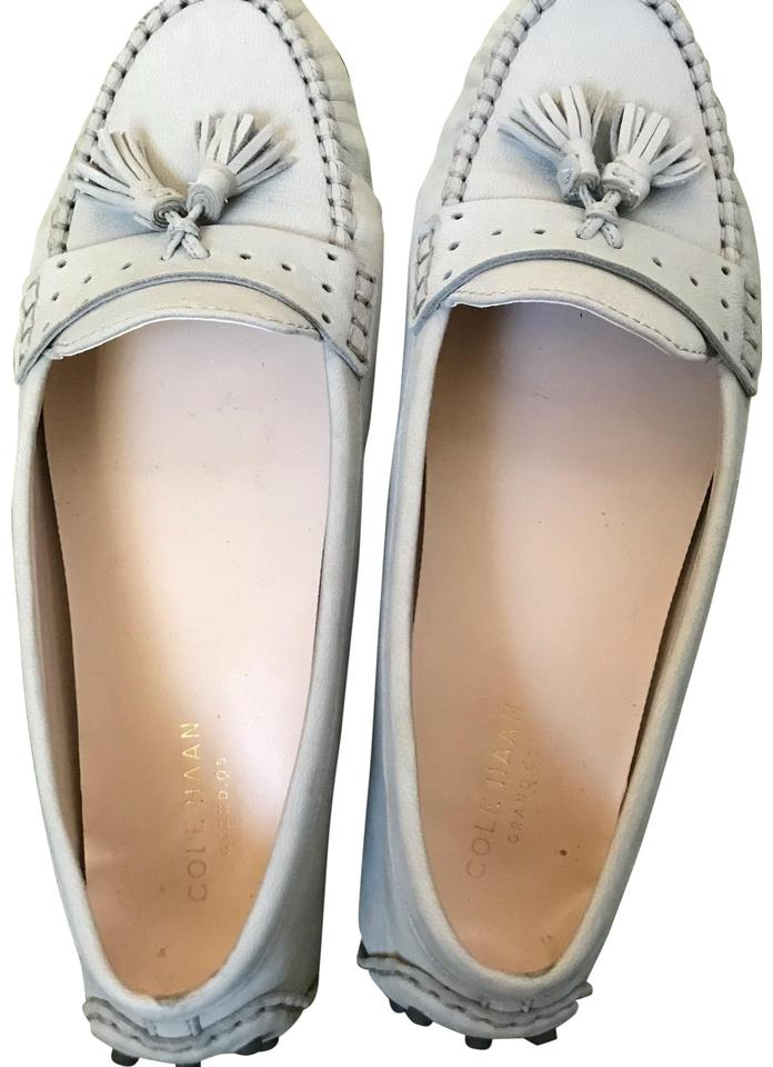 45ae18597d3 Cole Haan Grey Women s Driver Flats. Size  US 7.5 Regular (M ...