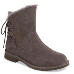 c3bac39b01e Grey UGG Australia Boots   Booties - Up to 90% off at Tradesy