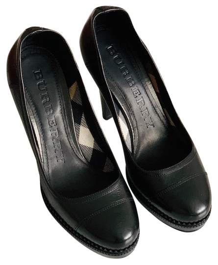 Burberry Black Pumps Image 1