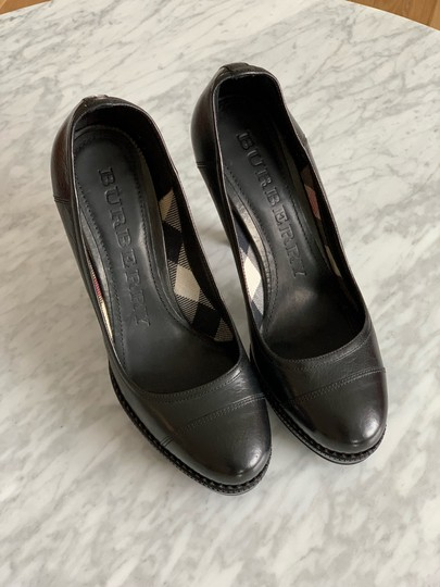 Burberry Black Pumps Image 3