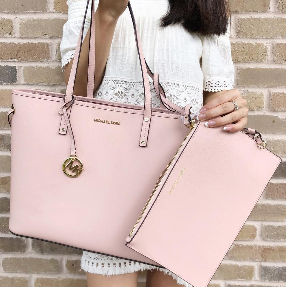 60a56006a84b Michael Kors Jet Set Travel Large Drawstring Pastel Pink Leather Tote