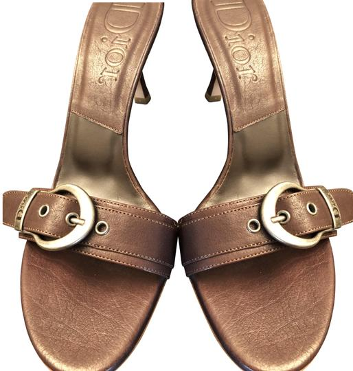 Preload https://img-static.tradesy.com/item/24173083/dior-brown-with-insignia-buckle-sandals-size-eu-39-approx-us-9-regular-m-b-0-2-540-540.jpg