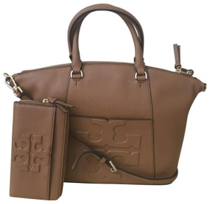 Tory Burch Bombe Torych Bombe Slouchy Satchel in Brown