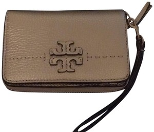 Tory Burch McGraw wallet
