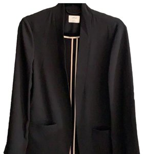 Wilfred black Blazer