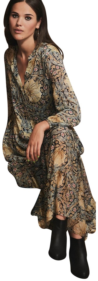 0e19e6e5f680 Floral Maxi Dress by H&M Maxi William Morris Victorian Flowy Image 0 ...